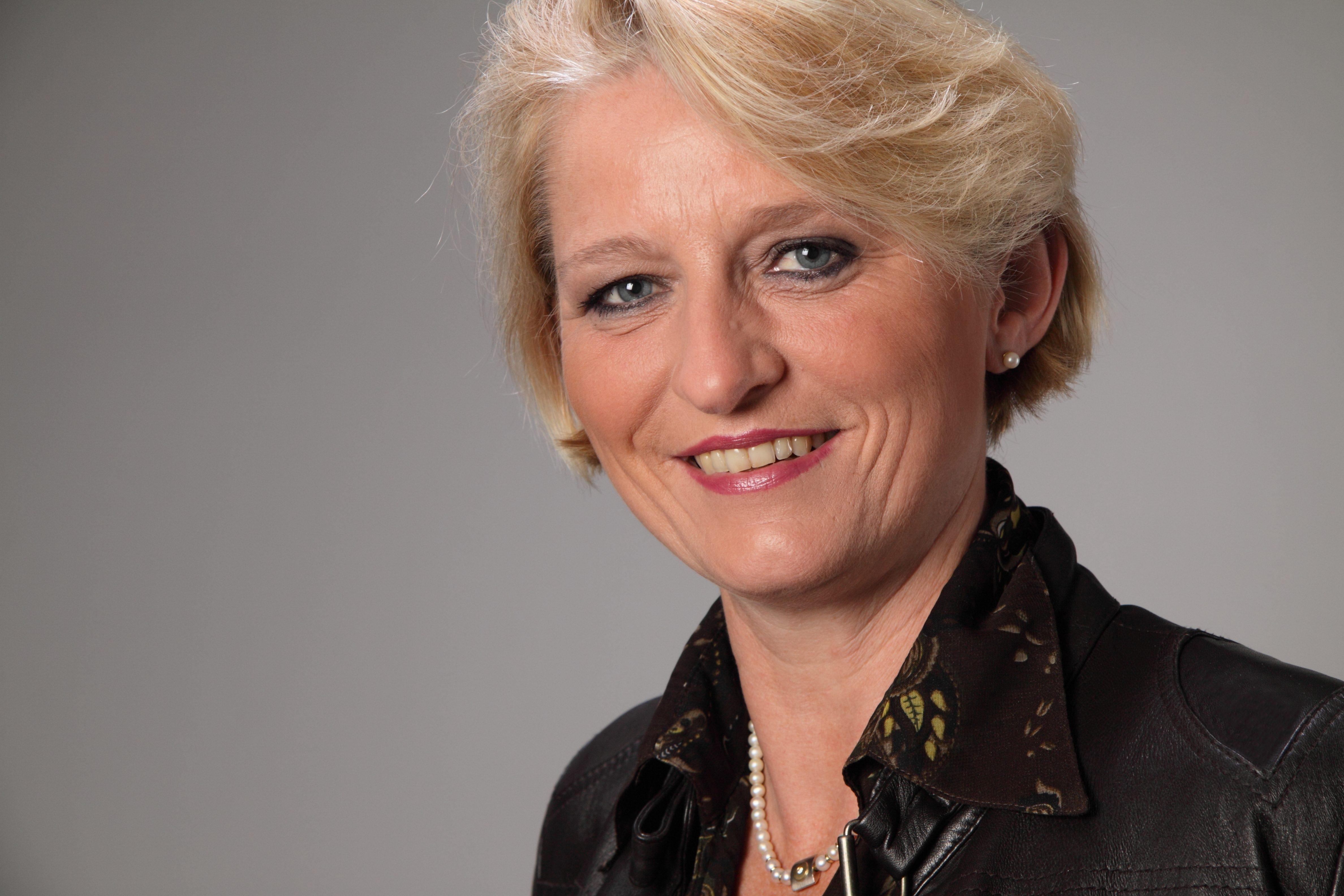Pastorin Sonja Domröse, Referentin für Öffentlichkeitsarbeit im Sprengel Stade